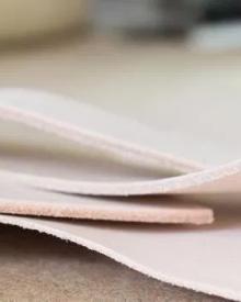 3 Lý do vì sao giày da thật thường không mềm và êm ái